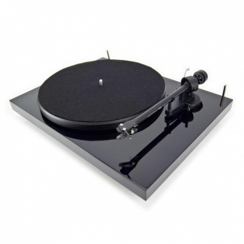 Pro-ject Debut III SE Turntable - End of Line Special Offer! Save £80!